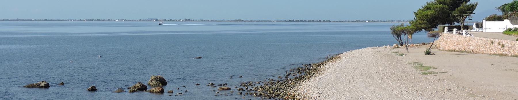 Las playas de l'Ampolla, paraíso de tonos azules y aroma a mar