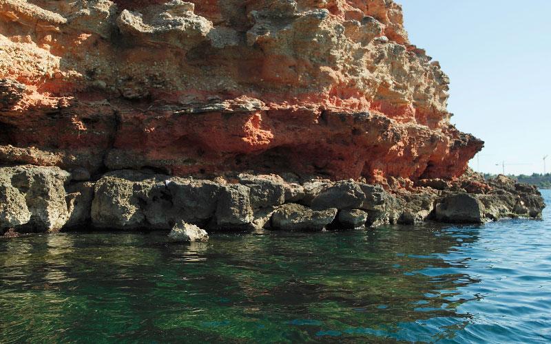 Les falaises qui s'habillèrent de couleurs